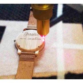 Reloj madera con Caja personalizada