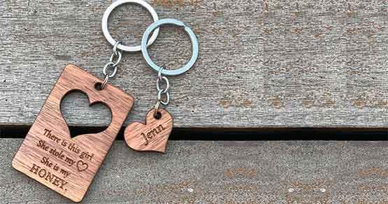 Llaveros-de-madera-personalizados